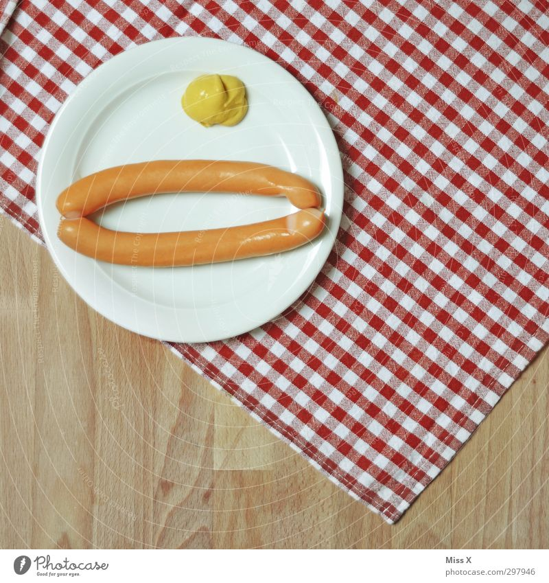 Feasts & Celebrations Food Table Nutrition Delicious Restaurant Plate Dinner Checkered Lunch Tablecloth Oktoberfest Sausage Wooden table Fast food Small sausage
