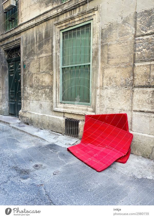 Cuban road Small Town Deserted House (Residential Structure) Facade Window Door Grating Street Sidewalk Mattress Trash Bulk rubbish Old Authentic Red