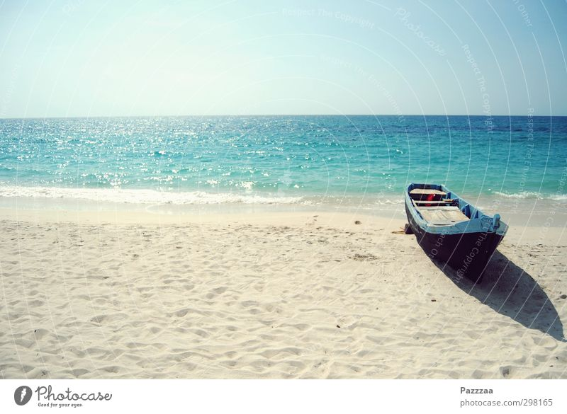 Caribbean port Vacation & Travel Tourism Far-off places Cruise Summer Summer vacation Sun Sunbathing Beach Ocean Island Sand Horizon Colombia Boating trip