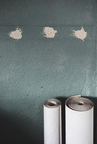 Victory by points Wall (barrier) Wall (building) Wallpaper Ingrain wallpaper Coil Stand Wait Rolled 2 3 Patch Plaster Gray-blue Slate blue White Difference
