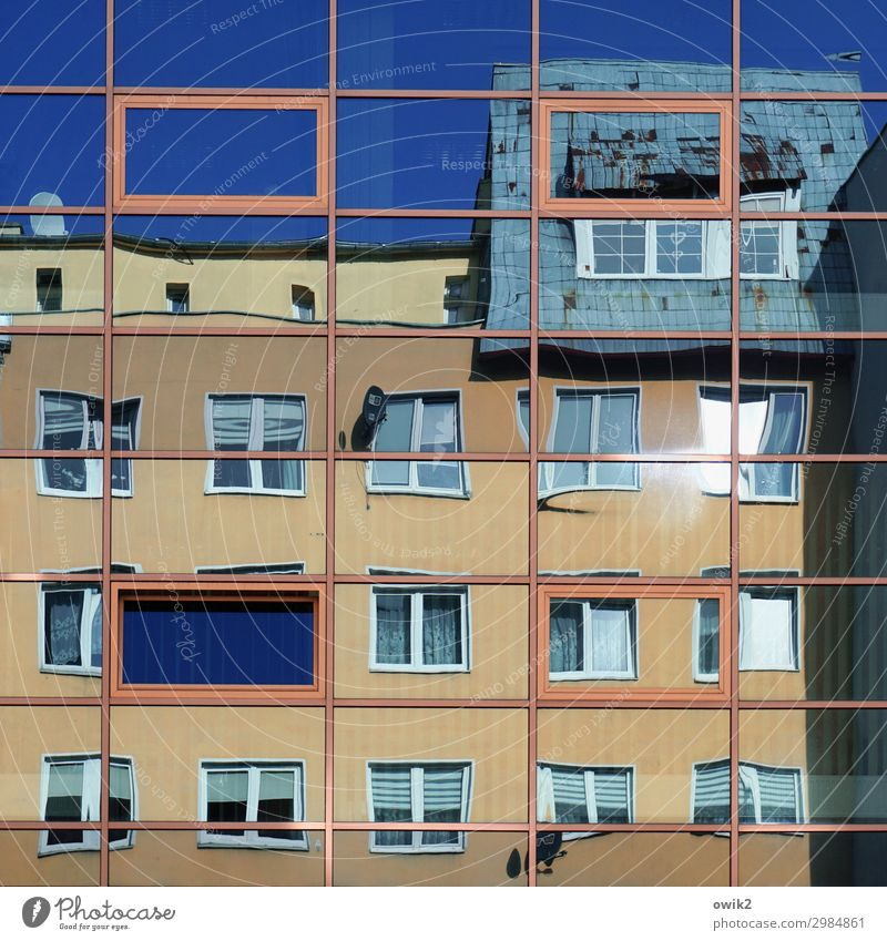 Moving pictures Cloudless sky Kolberg Poland Kolobrzeg Eastern Europe Small Town Populated House (Residential Structure) Facade Window Sharp-edged Many Crazy