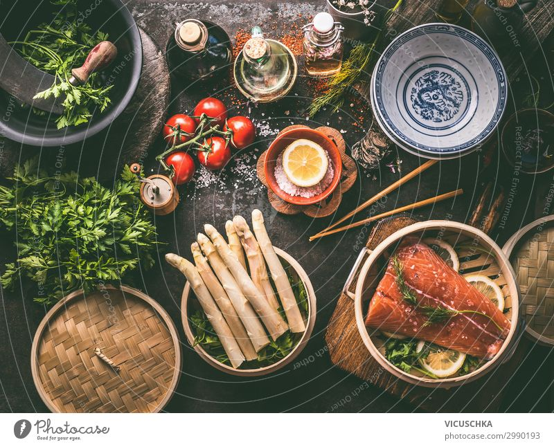 Asian low carb koshen with salmon and asparagus Food Fish Vegetable Lunch Banquet Organic produce Asian Food Crockery Style Design Healthy Eating Table