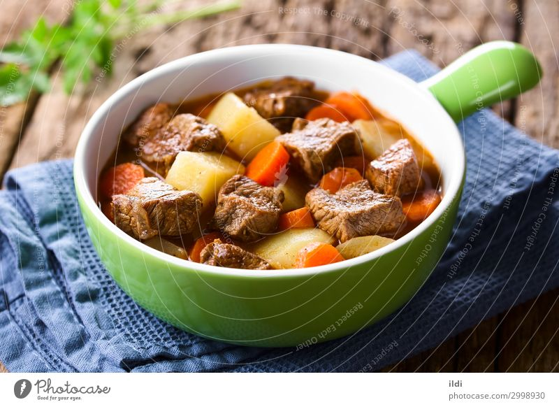 Beef Stew Meat Vegetable Soup Fresh food Carrot Potatoes Cooking Goulash Home-made Meal Dish paprika Hungarian gulyas gulyasleves diced served Horizontal red