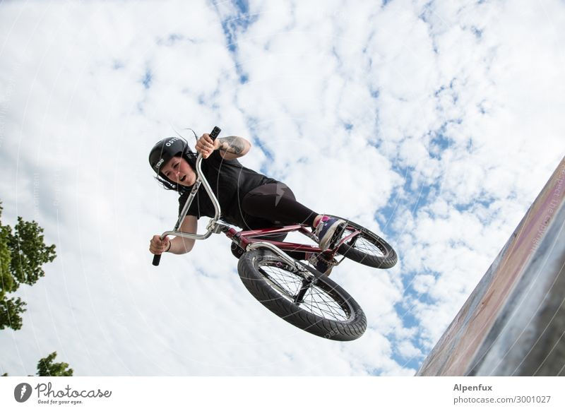 AST 10 | Free fall Cycling Bicycle Halfpipe Flying Bravery Self-confident Cool (slang) Success Force Willpower Determination Fear of heights Fear of flying