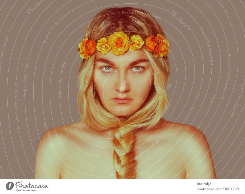 _ Style Exotic Human being Feminine Young woman Youth (Young adults) Adults Life 1 18 - 30 years Artist Actor Accessory Flower wreath Hair and hairstyles Blonde