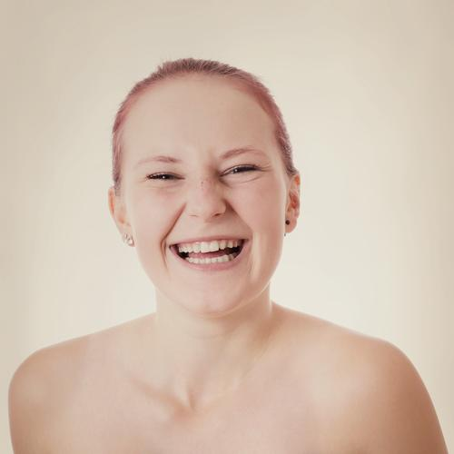 young woman laughing Lifestyle Joy Beautiful Human being Feminine Young woman Youth (Young adults) Woman Adults 1 18 - 30 years Red-haired Smiling Laughter
