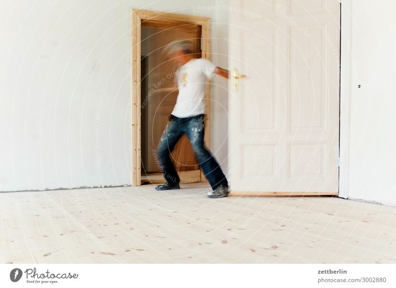 Close two doors Old building Work and employment Motion blur Hallway Wooden floor Floor covering Gentrification House (Residential Structure) Man Human being
