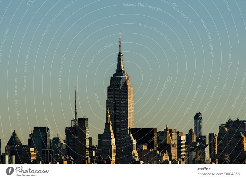 midtown Town Skyline Manhattan New York City USA Empire State building Sunlight Colour photo Exterior shot Deserted Copy Space left Copy Space right