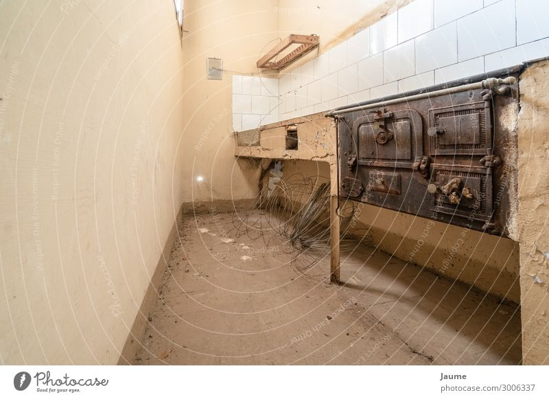 Old kitchen of an old house House (Residential Structure) Loneliness Eating Architecture Wall (building) Building Wall (barrier) Retro Kitchen