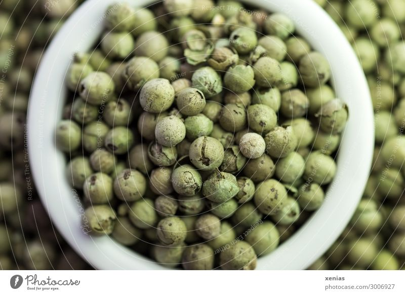 Green peppercorns in white peel Food Herbs and spices Pepper Peppercorn Nutrition Organic produce Bowl Healthy Eating Fragrance White Aromatic Mild Fruity