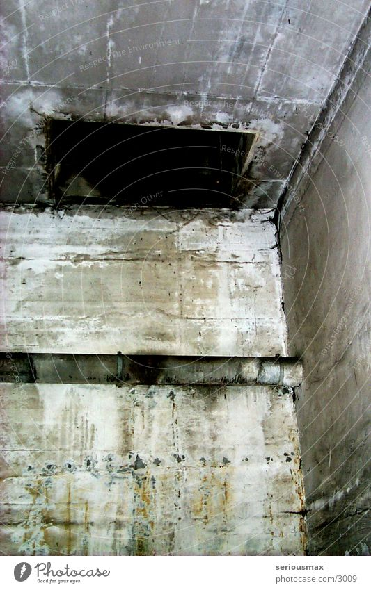 shaft Garage Concrete Gray Shaft Dugout