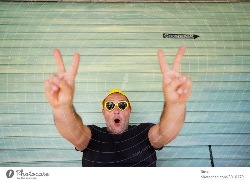 Man Feasts & Celebrations Success Eyeglasses Sieg Exuberance Confident of victory