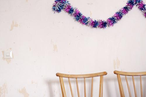 Joy Interior design Wall (building) Funny Feasts & Celebrations Wall (barrier) Exceptional Party Friendship Living or residing Flat (apartment)
