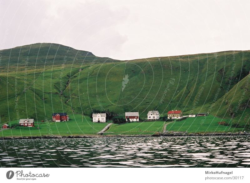 Water Green House (Residential Structure) Island Round Village Norway