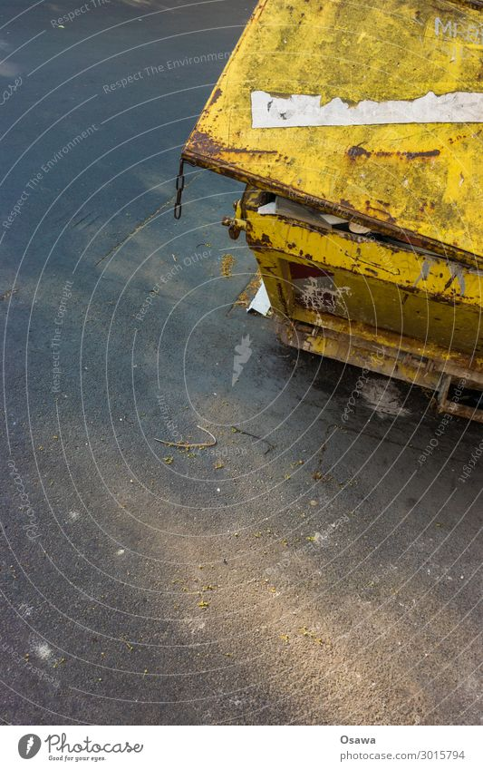 container Container Trash container Building rubble Old Dirty Rust Yellow Cap Asphalt Detail Dispose of Copy Space top Copy Space middle Copy Space bottom Black