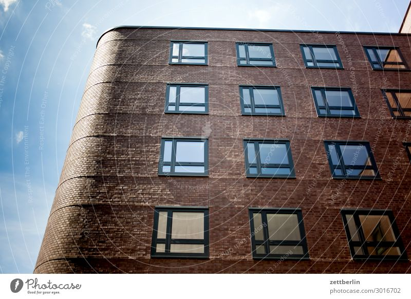 Sky Heaven Town House (Residential Structure) Clouds Window Wall (building) Copy Space Wall (barrier) Facade Living or residing Weather Apartment Building