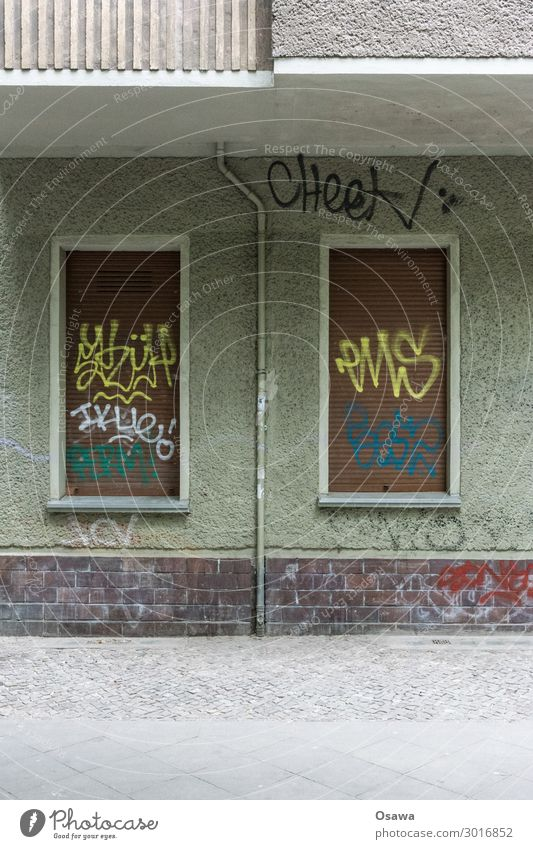 Green House (Residential Structure) Window Street Graffiti Building Brown Facade Gray Sidewalk Apartment Building Balcony Cobblestones Pipe Old building Daub