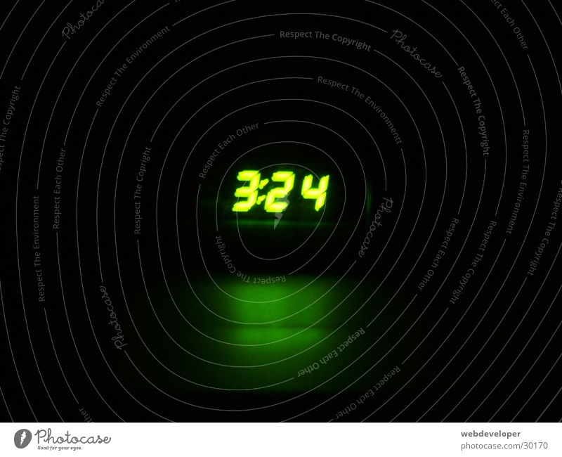 it's quite early... Clock Night Morning Green Living or residing Digital photography Bright Light (Natural Phenomenon) Time