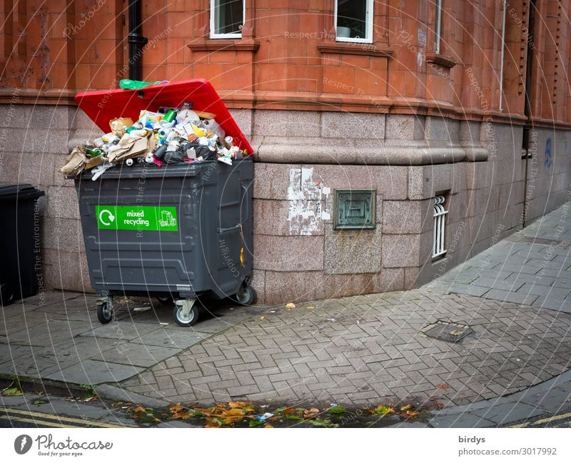 waste problem Services Trash container Refuse disposal Waste management Town Deserted House (Residential Structure) Facade Lanes & trails Sidewalk Wait