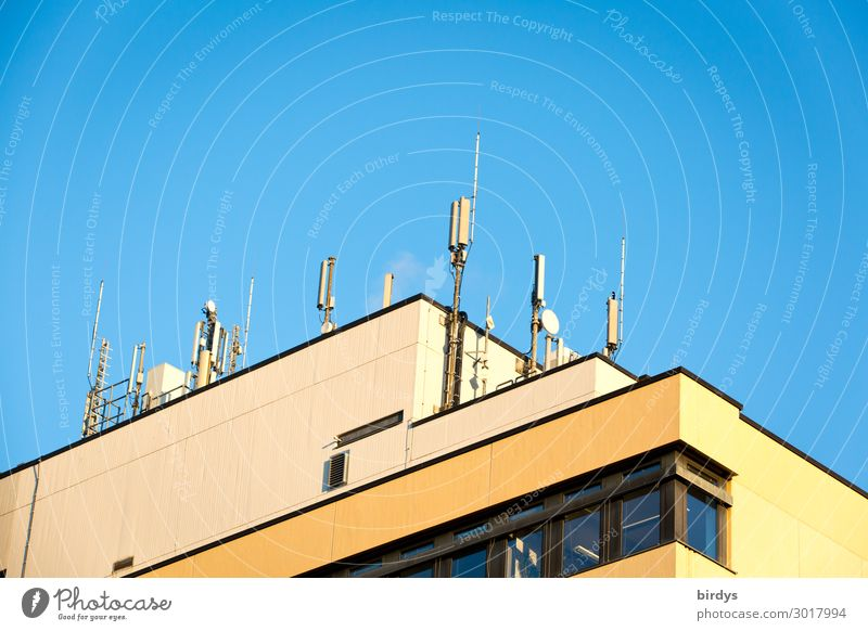 Blue Town House (Residential Structure) Yellow To talk Living or residing Illuminate High-rise Technology Telecommunications Success Authentic Beautiful weather
