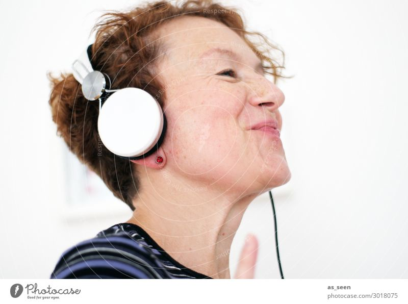 music Joy Contentment Leisure and hobbies Party Music Dance Feasts & Celebrations Headphones Entertainment electronics Woman Adults Life 30 - 45 years Culture