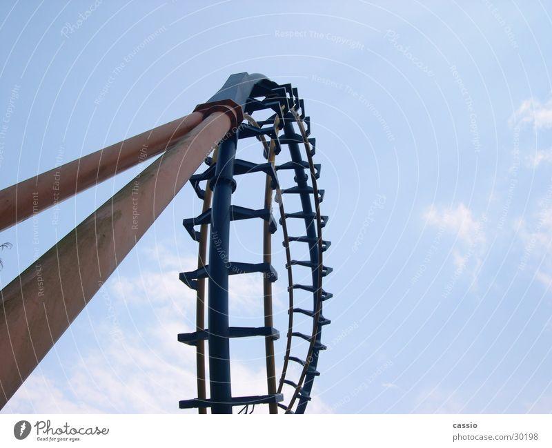 Loop. Roller coaster Amusement Park Steel Rod steel roller coaster Scaffold Six Flags Sky
