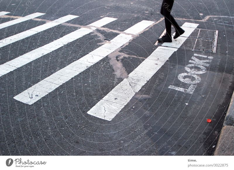Sehhilfe | on the road again Human being Legs Feet 1 Transport Traffic infrastructure Passenger traffic Pedestrian Street Lanes & trails Road sign