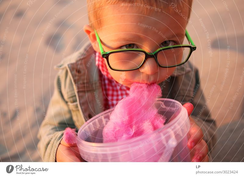 child eating candy floss Food Dessert Candy Nutrition Eating Lifestyle Human being Child Parents Adults Brothers and sisters Family & Relations Infancy Emotions