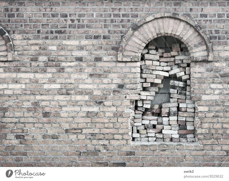 Old House (Residential Structure) Window Wall (building) Wall (barrier) Facade Crazy Historic Many Firm Brick Whimsical Stack Farmhouse Problem solving