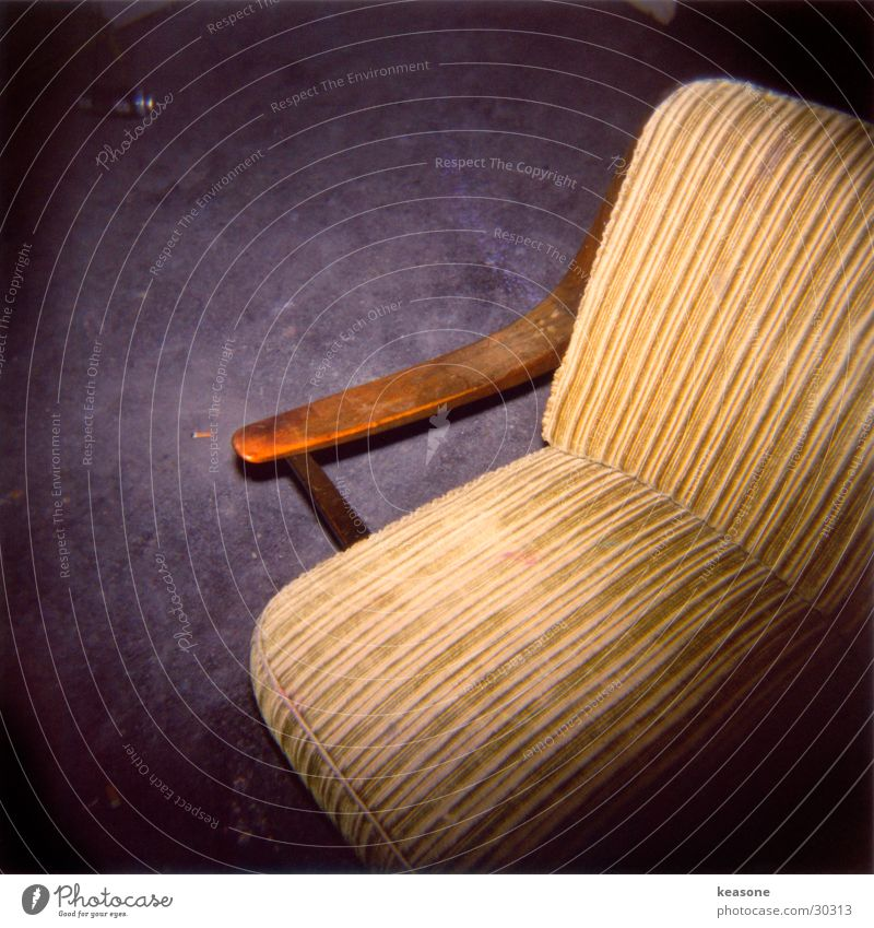 sit down man Stool Armchair Cozy Relaxation Wood Bolster Furniture Photographic technology Chair www.keasone.de