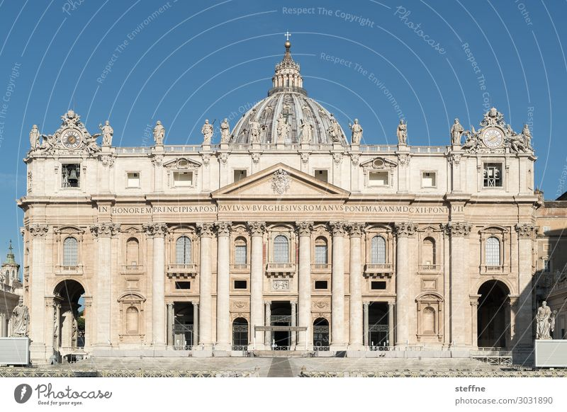 Peter's Cathedral Church Dome Tourist Attraction Landmark Religion and faith Catholicism Rome Italy St. Peter's Cathedral Facade Renaissance michelangelo