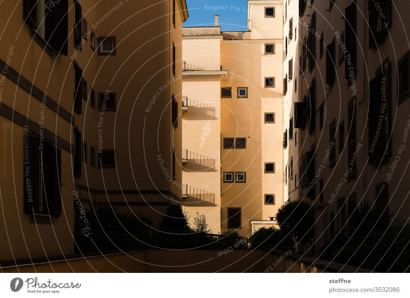 vivere House (Residential Structure) Town Living or residing Housing area Shadow play Rome Italy Morning Beautiful weather Colour photo Structures and shapes