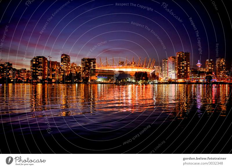 # Canada/ Skyline Vencouver Colour photo Landscape format Skyline Vencouver Panorama perspective Deserted Night shot Exterior shot
