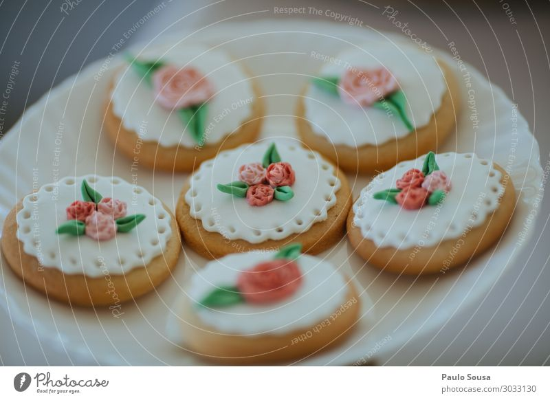 Cookies decorated with sugar paste Food Cake Dessert Candy Lifestyle Paris Esthetic Hip & trendy Delicious Luxury Cooking Cookie tin Party Sweet Sugar