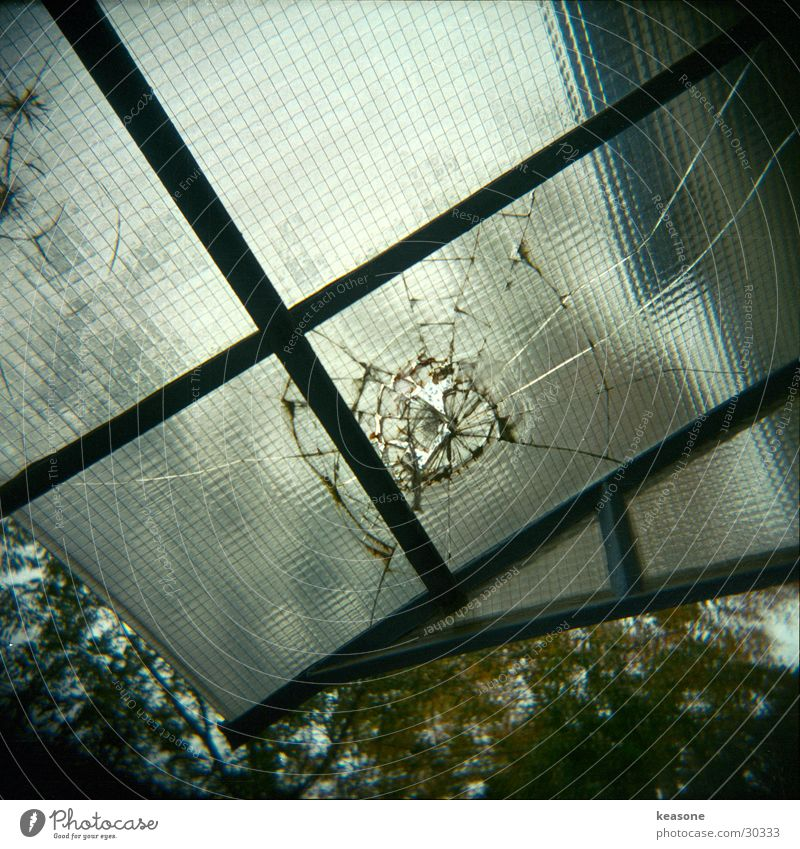 Window Glass Broken Window pane Wire Entrance