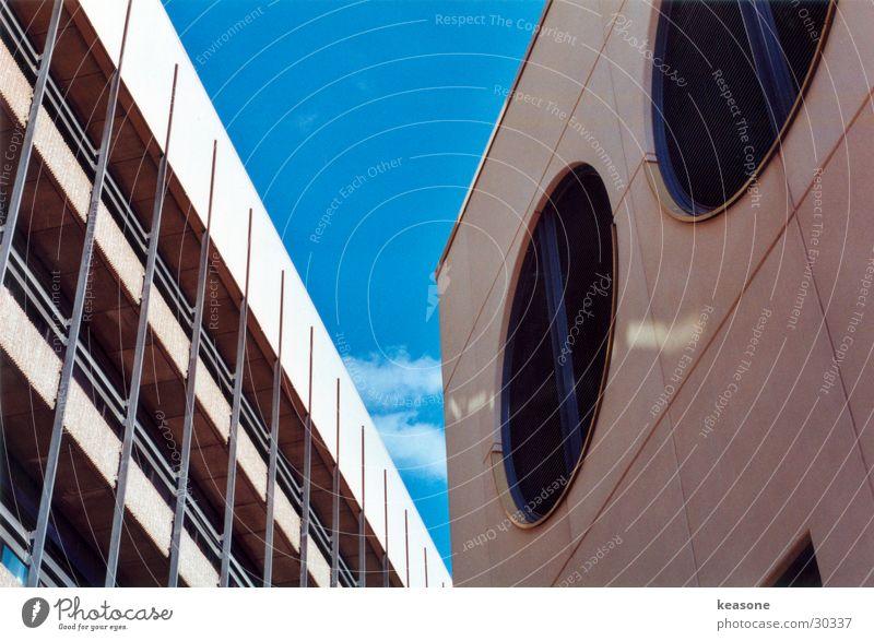 My block Concrete Plaster Wall (building) Beige Window Round Air Ventilation Architecture Sky Perspective Lens http://www.keasone.de