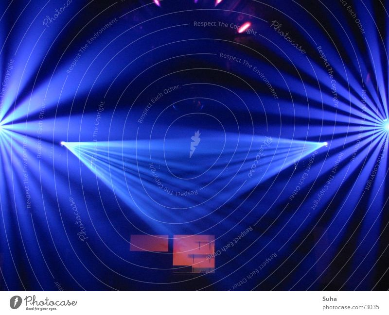 Ray of Light Scanner Disco Tunnel Club Party Blue Reaction