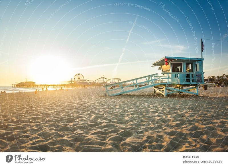 Sunset in Santa Monica Vacation & Travel Beach Ocean Nature Landscape Sand Sky Beautiful weather Park Coast Hut Building Tourist Attraction Landmark Wood Flag