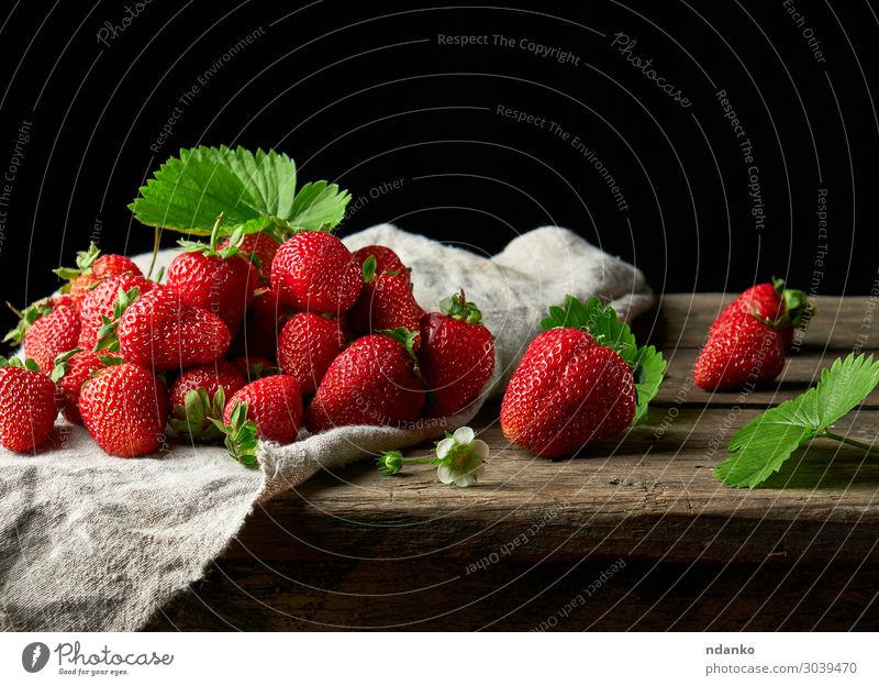 bunch of fresh ripe red strawberries Fruit Dessert Vegetarian diet Summer Table Nature Leaf Wood Eating Dark Fresh Small Delicious Natural Juicy Green Red Black