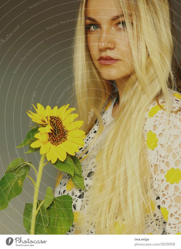 long haired blonde woman Human being Feminine Young woman Youth (Young adults) Woman Adults 1 18 - 30 years Environment Nature Summer Plant Flower Blossom