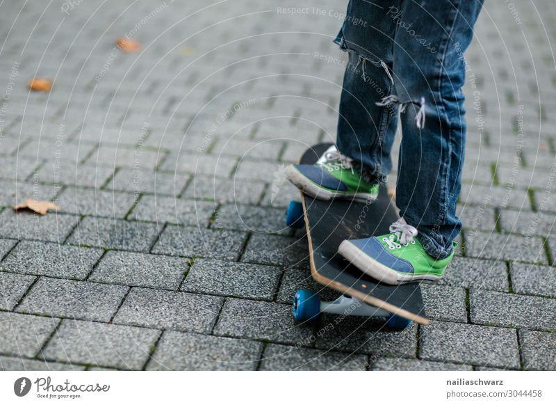 Boy on skateboard Lifestyle Joy Leisure and hobbies Skateboard Skateboarding Vacation & Travel Adventure Summer Sports Sportsperson Sporting event Human being
