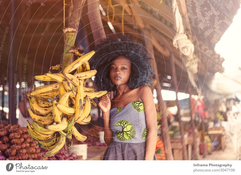 AFRICAN MARKET Woman Human being Youth (Young adults) Young woman Town Joy Girl 18 - 30 years Adults Life Love Emotions Art Moody Design Body