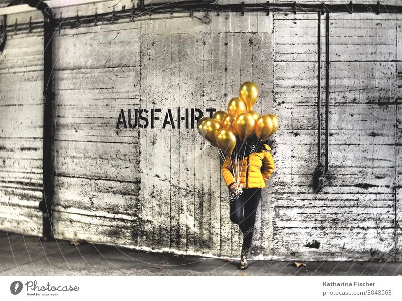 Human being White Black Graffiti Yellow Wall (building) Art Wall (barrier) Gold Stand Cool (slang) Balloon Jacket Hot Air Balloon Garage Underground garage