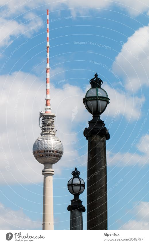 Berlin balls Berlin TV Tower Downtown Berlin Antenna Tourist Attraction Landmark Hip & trendy Tall Eroticism Contentment Business Society Communicate