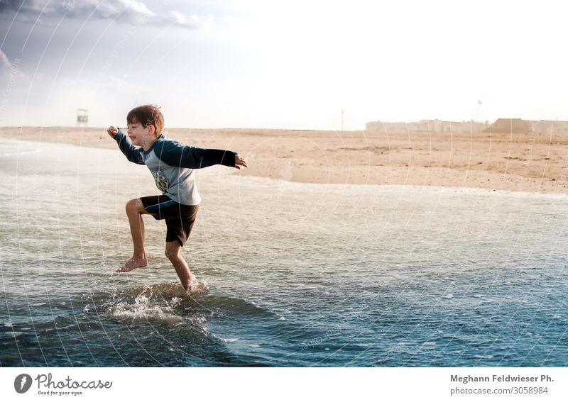 They made him king of all the wild things Joy Adventure Freedom Summer Summer vacation Sun Beach Ocean Waves Child Boy (child) 1 Human being 3 - 8 years Infancy