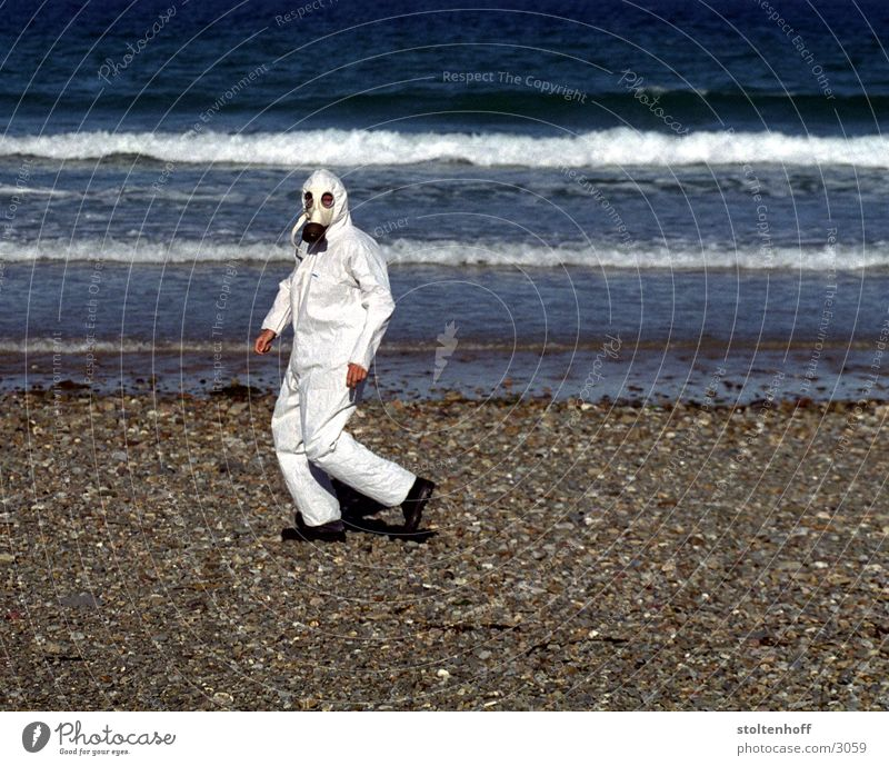 holidays in brittany - part 2 Respirator mask Beach France Ocean Vacation & Travel White Working clothes Water