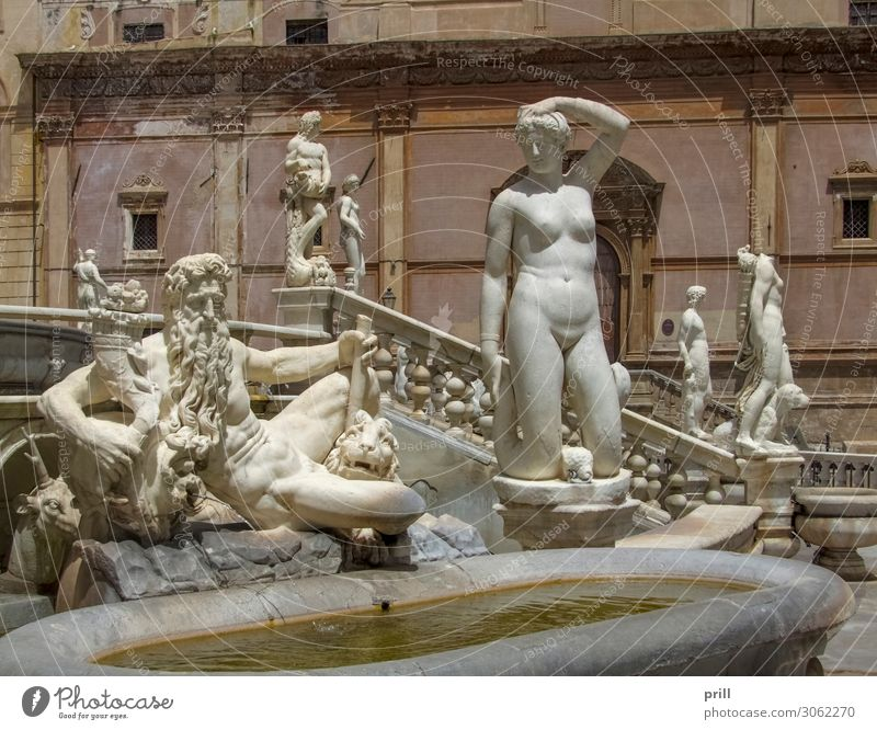 Fontana Pretoria Craft (trade) Art Sculpture Water Town Old town Manmade structures Building Architecture Monument Stone Historic fontana pretoria Source Well