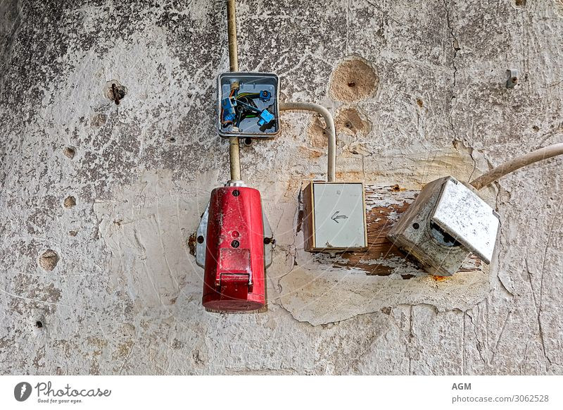 Electricity in the past House building Redecorate Craft (trade) Cable Technology Advancement Future Energy industry Wall (barrier) Wall (building) Plastic Old