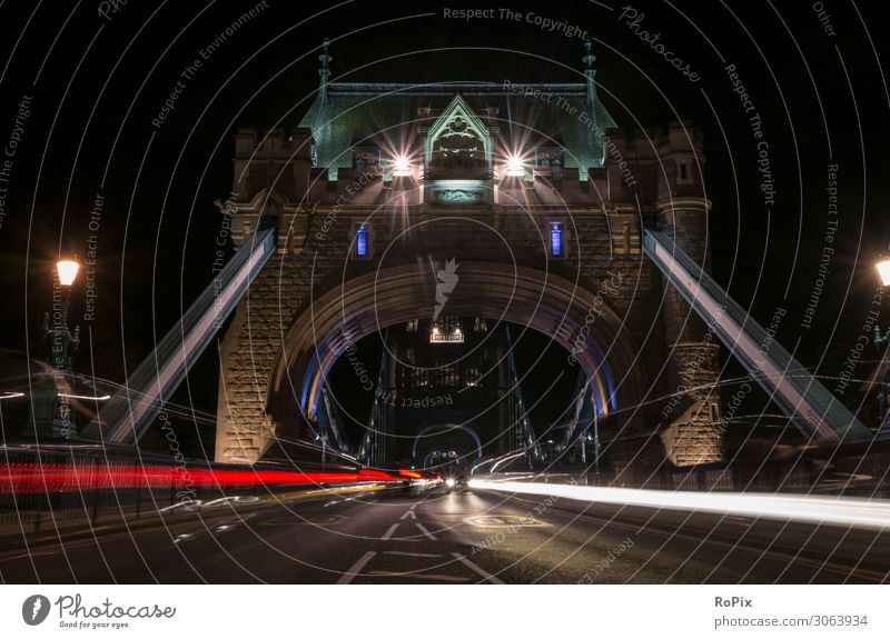 Traffic on Tower Bridge. Lifestyle Style Vacation & Travel Tourism Trip Sightseeing City trip Economy Industry Trade Art Work of art Architecture Environment