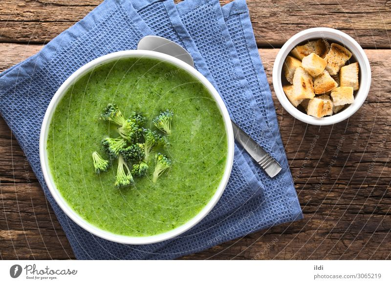 Fresh Cream of Broccoli Soup Vegetable Stew Vegetarian diet Natural Green food cruciferous blended Home-made appetizer Meal Dish healthy Creamy cream garnish
